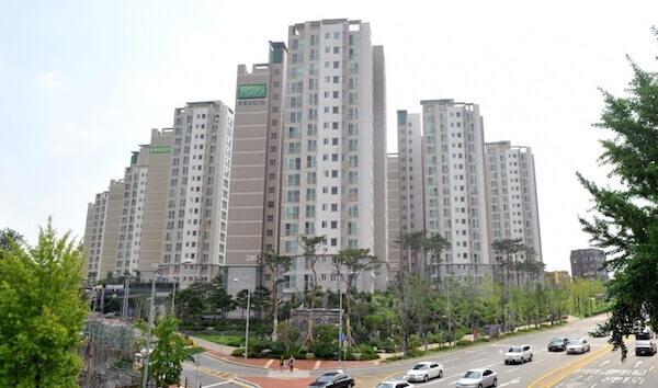 בנייני מגורים בסיאול בירת דרום קוריאה