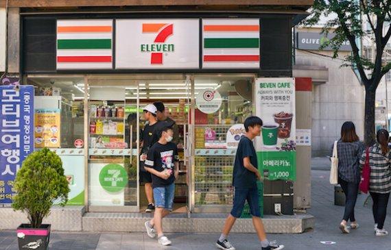 ירחון קוריאה לעסקים יוני 19': 115 מליארד דולר קוריאניים מחפשים בית!